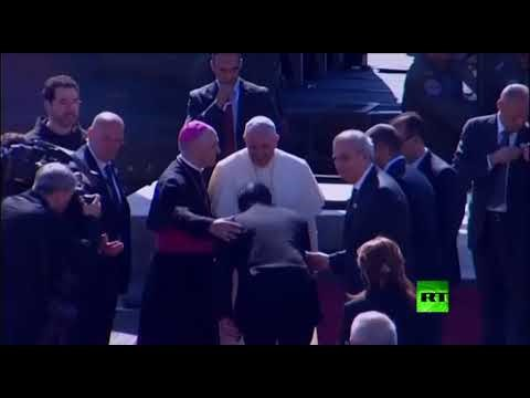 لحظة وصول البابا فرانسيس إلى بيت لحم خلال زيارته التاريخية للأراضي المقدسة